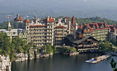 Mohonk Mountain House in New Paltz, N.Y. (AP Photo/Mike Groll - used without permission)