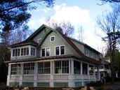 220px-Park_Ave_Cure_Cottage